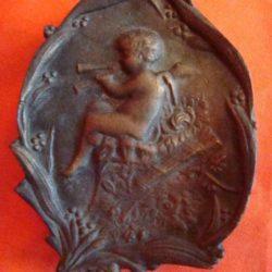 Petit cendrier en bronze époque début 20 ème