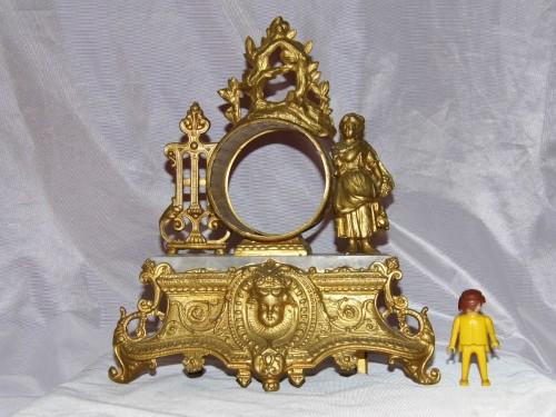 Horloge pendule cartel carcasse bronze antiquité