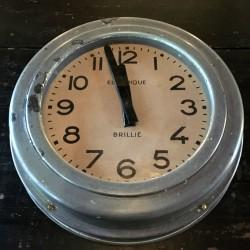 horloge brillé