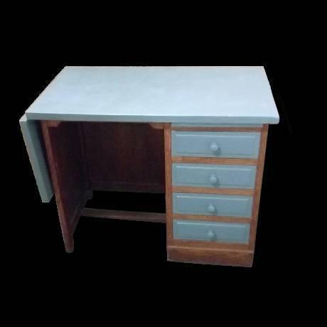 bureau d 39 colier vintage. Black Bedroom Furniture Sets. Home Design Ideas