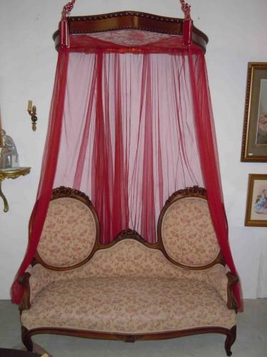 ciel de lit baldaquin en noyer. Black Bedroom Furniture Sets. Home Design Ideas