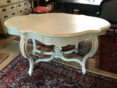 table de milieu Napoleon III patinée gris clair