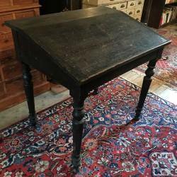 Ancien pupitre en bois noirci style Napoleon III