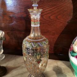 carafon en verre émaillé polychrome et or