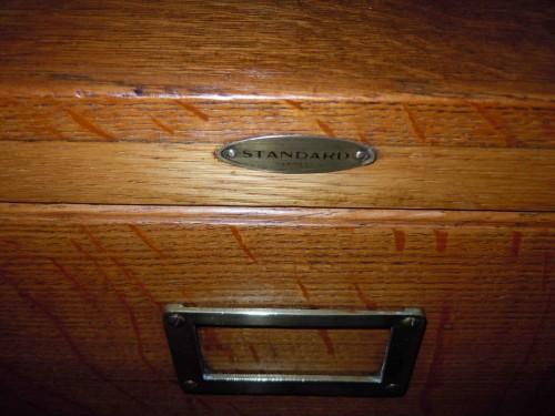 Bureau Meuble Notaire : Meuble classeur casier chêne tiroirs meuble notaire