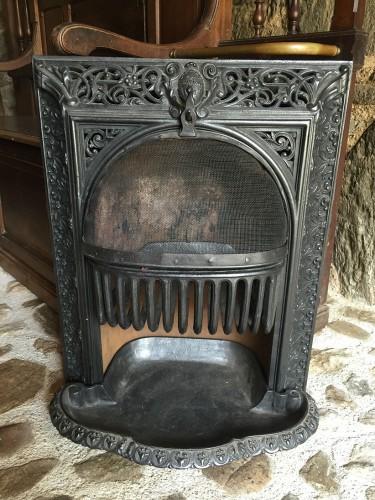 Po le charbon en fonte insert de chemin e ancienne for Cheminee en fonte ancienne