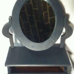 miroir ovale sur socle