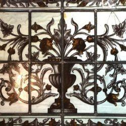 Lot de quatre vitraux à restaurer
