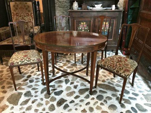 Table Et 4 Chaises Acajou Et Placage Style Anglais Xxe
