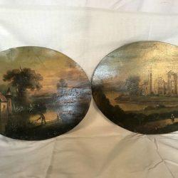 Paire d'huiles sur panneau ovale Paysages animés, XIXe