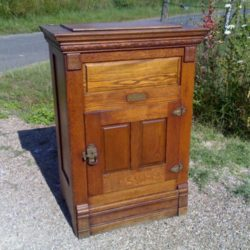 Cartonnier en noyer 19e si cle for Meuble antique kijiji