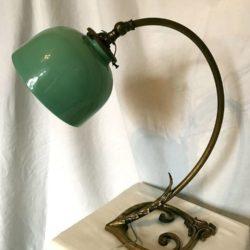 Lampe de bureau 1900 opaline vert céladon