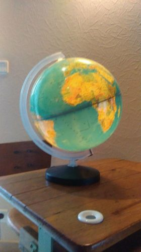 Globe terrestre lumineux années 70