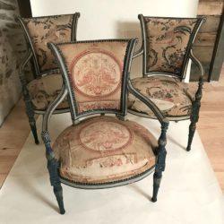 Trois magnifiques fauteuils époque Directoire. XVIIIe