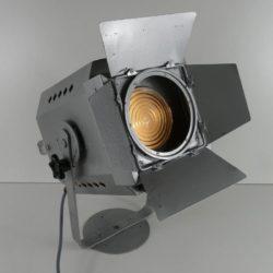 Projecteur de théâtre Robert Juliat