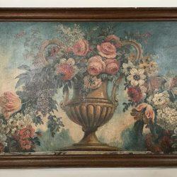Huile sur toile marouflée sur panneau. Vase Medicis, guirlande de fleurs.