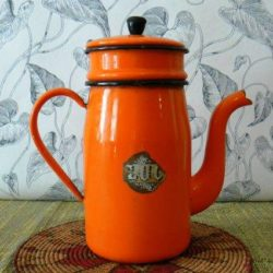 Brocante en ligne - Cafetière Vintage 1- L'esprit grenier