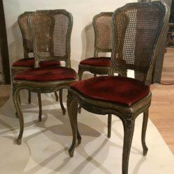 Quatre chaises de style Louis XV bois laqué gris/vert