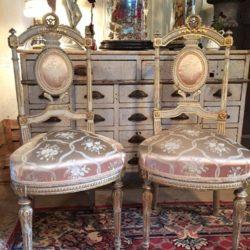 Exceptionnelle paire de chaises Louis XVI, XIXe