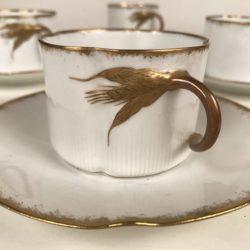 Série de 7 tasses et sous-tasses porcelaine de Limoges
