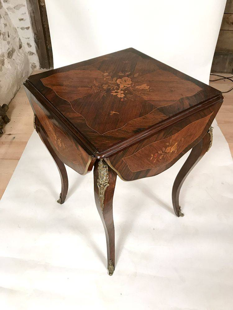 petite table de salon napoleon iii quatre volets les brocanteurs. Black Bedroom Furniture Sets. Home Design Ideas