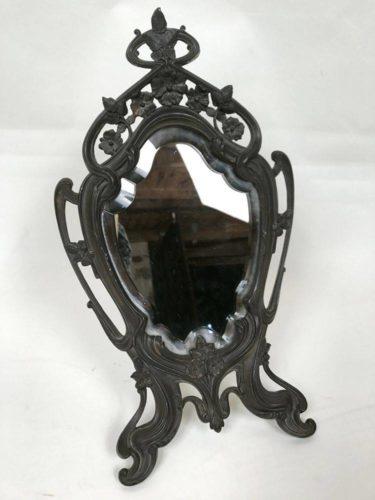 Miroir de table Art Nouveau. Miroir à poser, biseauté