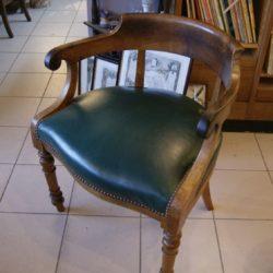 ancien fauteuil de bureau