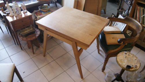 petite table année 70