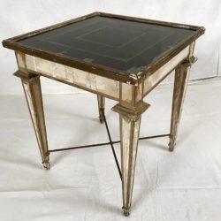 Table basse de style Louis XVI bout de canapé,