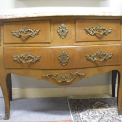 Commode Style Louis XV ancienne