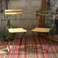 Chaises de jardin pliantes anciennes