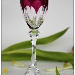 Verre à vin du Rhin (Roemer) en cristal de Saint Louis modèle Chambord