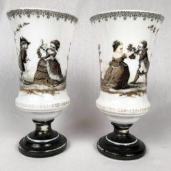 paire vases cristal opalin